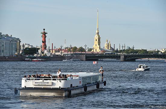 Как в Петербурге будут катать по рекам и каналам в условиях эпидемии