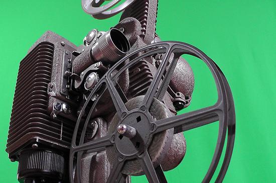 Минкультуры ожидает возобновления большей части кинопроизводства в июне