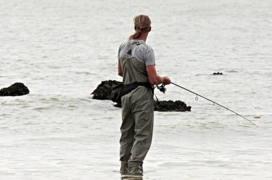 ВРоссии предложили ввести рыболовный билет