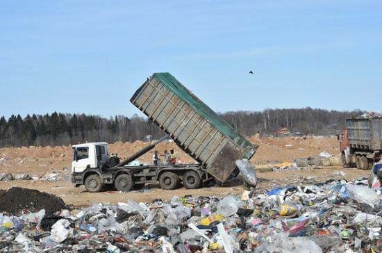 Из запланированной «мусорной» инфраструктуры 80% могут составить новые полигоны, заявил Бурматов