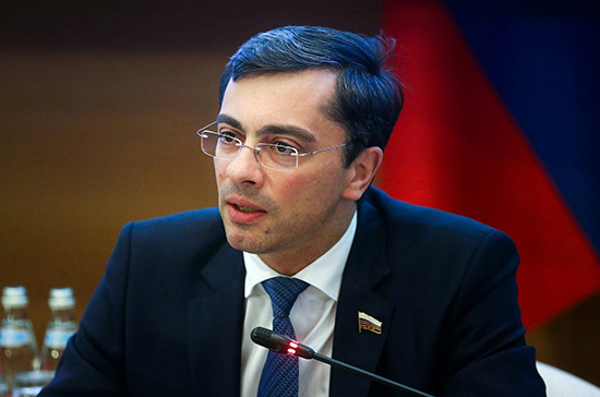 Гутенёв прокомментировал законопроект об импортозамещении, внесённый Правительством в Госдуму