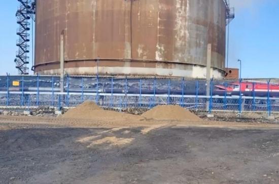 Росприроднадзор предлагает откачать топливо из трёх резервуаров на ТЭЦ в Норильске