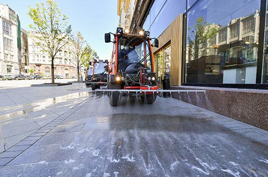Роспотребнадзор дал рекомендации по дезинфекции тротуаров