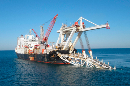 Правительство уточнило случаи, когда иностранные суда смогут плавать в российских морях