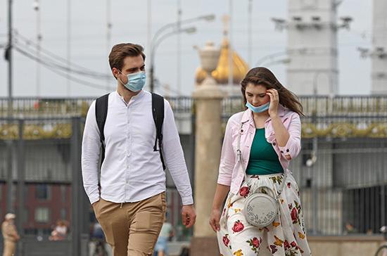 Рошаль: маски и перчатки снимать пока рано