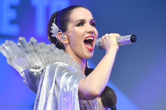 Певица Наталия Орейро подала документы на российское гражданство