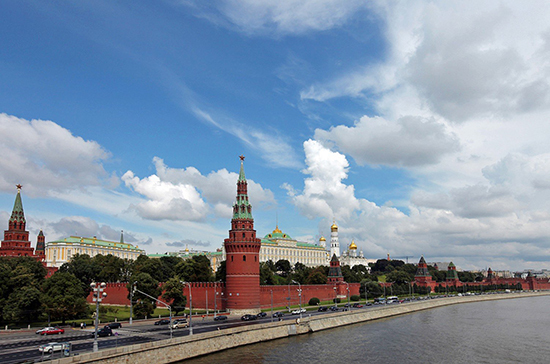 В Кремле оценили предоставление Украине статуса партнёра НАТО с расширенными возможностями