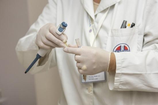 Изучающим фундаментальную медицину студентам разрешат работать фельдшерами