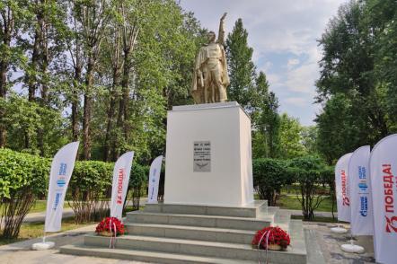 Парламентарии открыли восстановленные памятники Великой Отечественной войны в Капотне