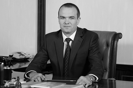 В Чувашии простились с экс-главой республики Михаилом Игнатьевым