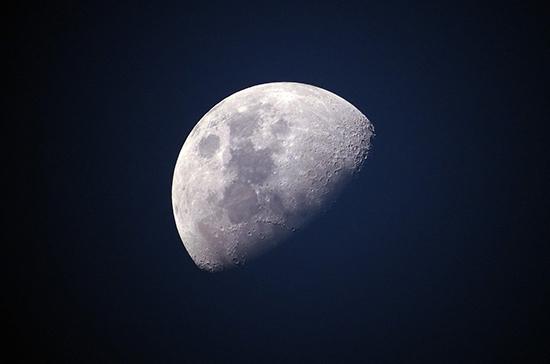 Россия разрабатывает миссию по высадке человека на Луну
