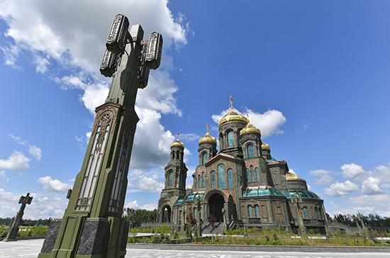 Иностранным журналистам показали главный храм Российской армии