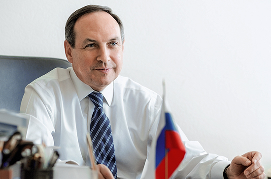 Никонов рассказал, что позволит вырастить из российских школьников настоящих лидеров