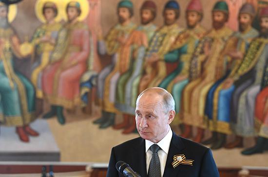 Президент на приёме для иностранных лидеров поднял тост за ветеранов и будущие победы