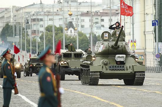 Парады в честь 75-летия Победы прошли в 28 городах России