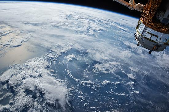 Евпаторийский Центр дальней космической связи поздравили с юбилеем с орбиты