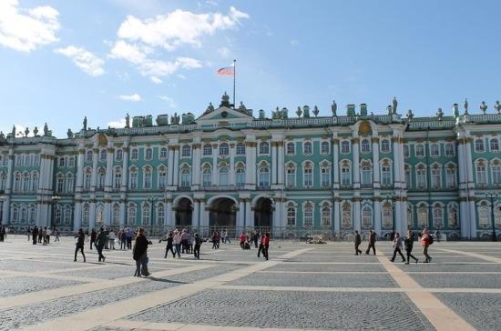 266 лет назад императрица Елизавета Петровна утвердила проект Зимнего дворца
