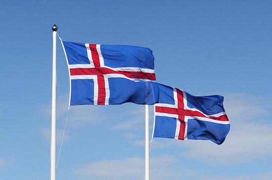 Действующий президент Исландии Йоханнессон избран на второй срок