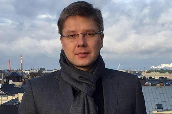 Нил Ушаков пытается оспорить решение о его отстранении от поста мэра Риги