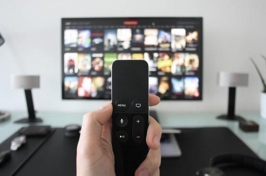 В Латвии запретили трансляцию семи российских телеканалов
