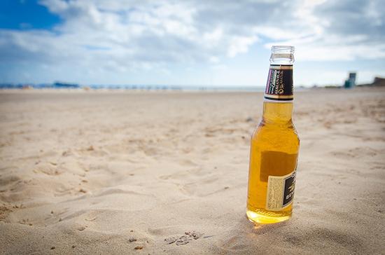 Сейм Литвы вернул торговлю слабым алкоголем на пляжи