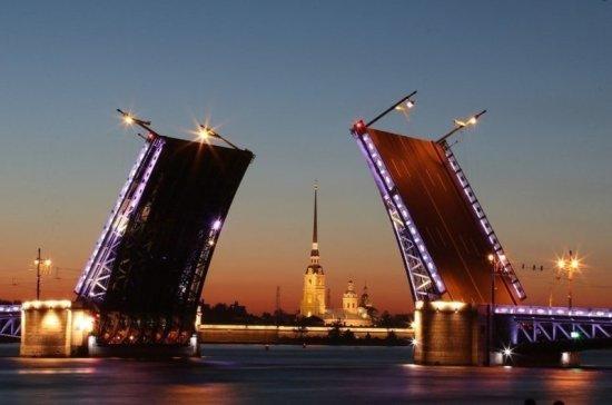 В Петербурге возвращают художественную подсветку
