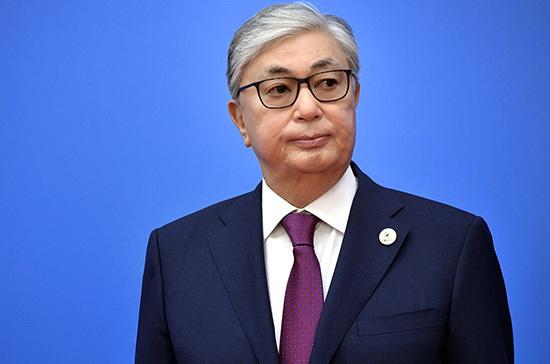 Президент Казахстана поблагодарил Россию за решение предоставить помощь в борьбе с пандемией