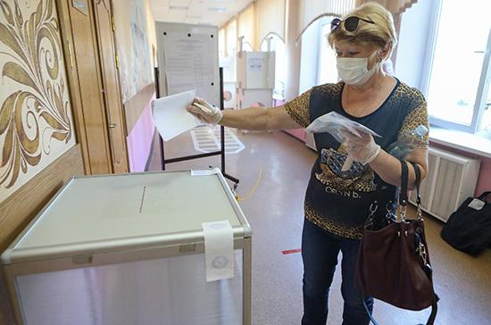 В Новосибирской области почти 42% избирателей проголосовали по поправкам