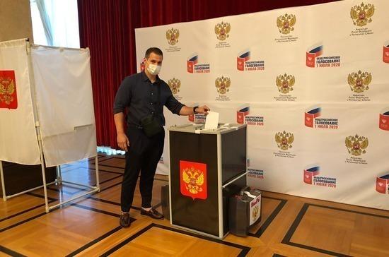 В Белграде проходит голосование по поправкам в Конституцию Российской Федерации