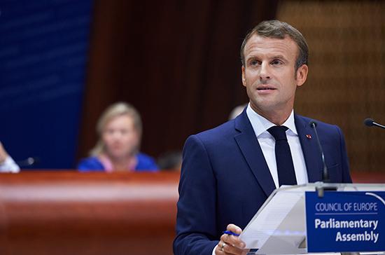 Макрон пообещал восстановление Франции после пандемии без повышения налогов
