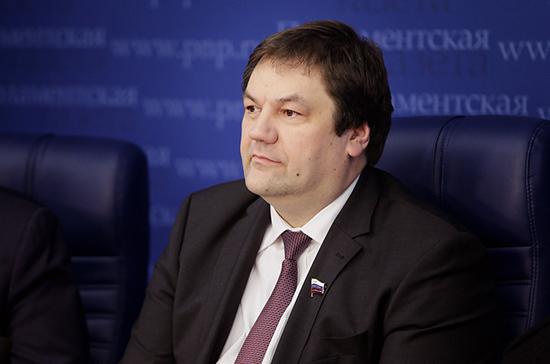 Сенатор Фомин назвал ожидаемым решение Росавиации по международным полётам