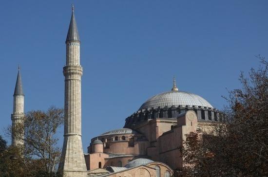 Патриарх Кирилл призвал сохранить нейтральный статус собора Святой Софии в Стамбуле