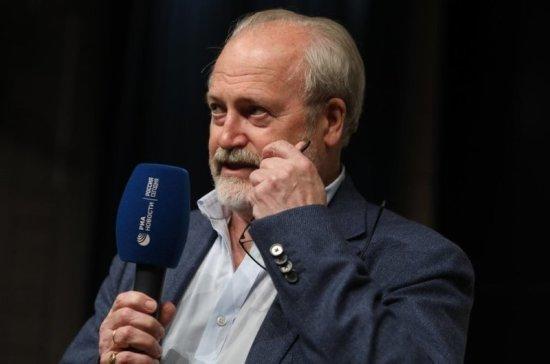 Режиссёр Хотиненко назвал смерть Морриконе потерей для мировой культуры