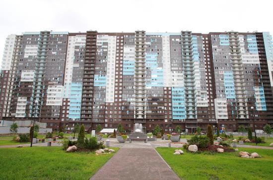 Сначала в Петербурге будут строить школы, потом жильё