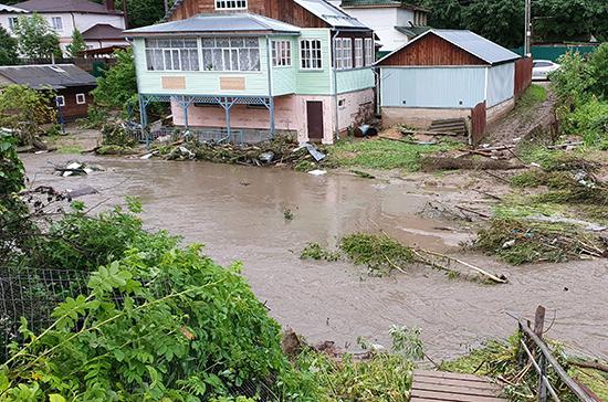 Пострадавшим из-за прорыва дамбы в Рузе окажут помощь