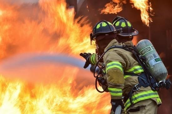 Пожар вспыхнул на нефтеперерабатывающем заводе Ирана