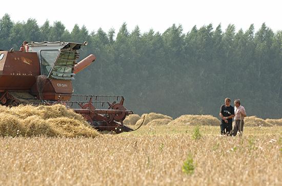 Сельхозтоваропроизводителям отсрочат платежи по льготным кредитам на год