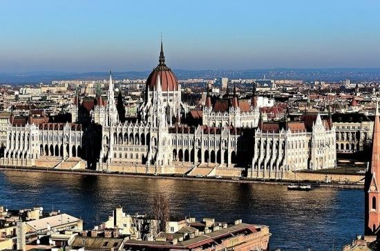Венгрия назвала условия для въезда россиян с 15 июля