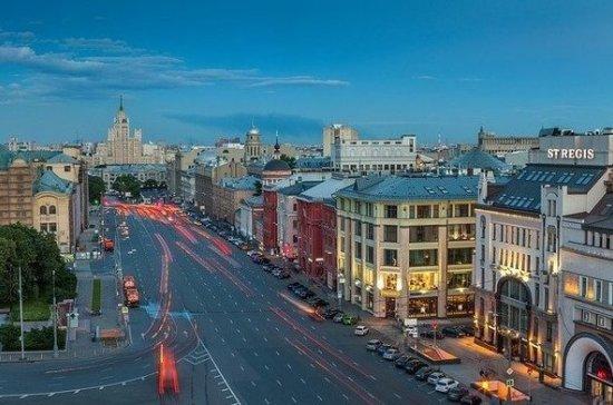 СМИ: Москву и Петербург назвали самыми благоустроенными регионами России