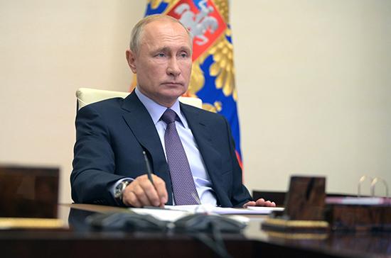 Путин поручил строить дома быстрее и дешевле