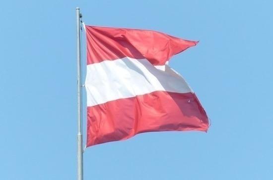 Австрия увеличила число стран, с которыми запрещено авиасообщение