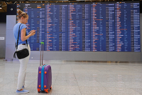 Вирусолог предупредил об опасности отдыха за границей