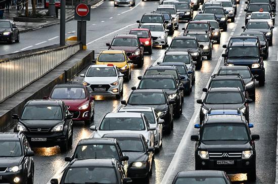 Правила начисления транспортного налога предложили изменить