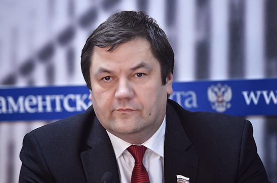 Сенатор Фомин прокомментировал предложение премьера возвращать часть средств за отдых в России