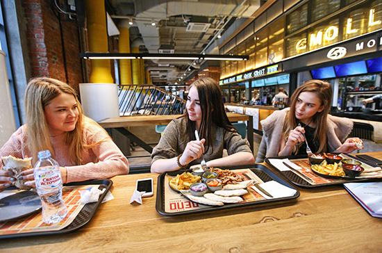 Петербург может открыть рестораны в ближайшие дни
