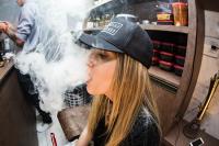 Вейпы и айкосы приравнены к обычным сигаретам