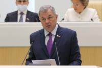 Сенатор прокомментировал проект о разрешении муниципалитетам предоставлять друг другу кредиты