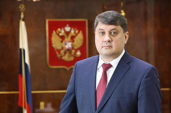 Горсовет Норильска принял отставку Рината Ахметчина с поста мэра