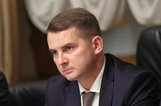 Ярослав Нилов оценил идею внедрения алкозамков для машин