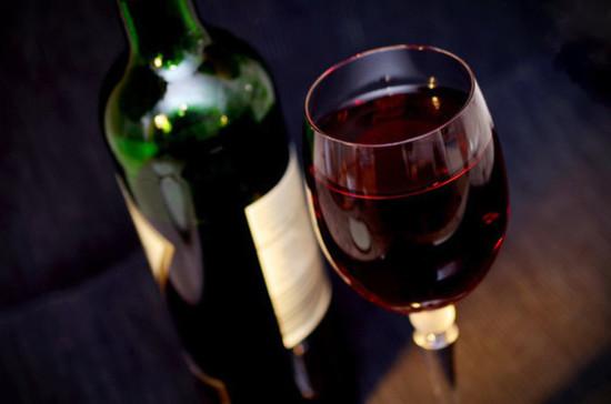 В российских СМИ будут рекламировать вино из стран ЕАЭС